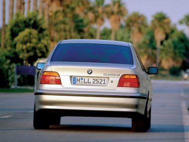 2000 BMW E39 520d