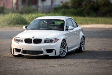 BMW 1M alpine white