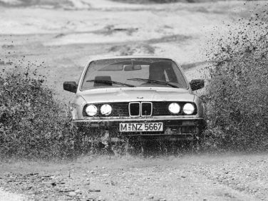 BMW E30 325ix coupe mud