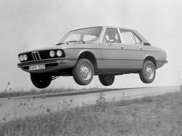 BMW E12 520