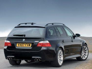 BMW E61 M5 touring V10