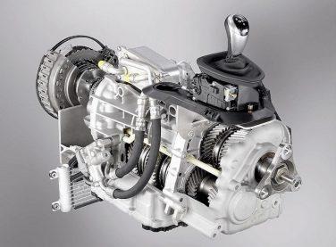BMW M6 dual clutch transmission