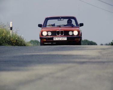 BMW E28 Euro front view
