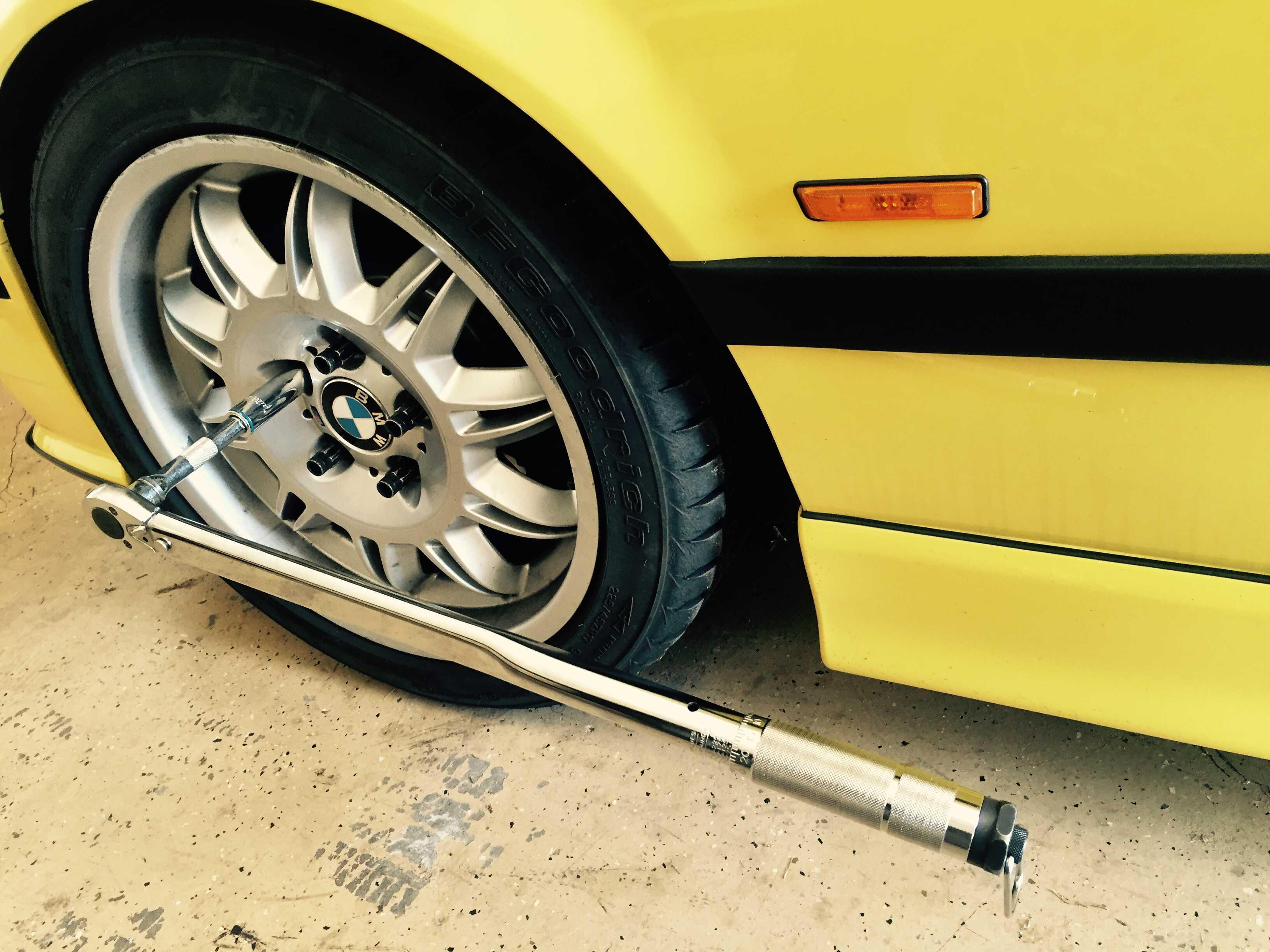 BMW wheel torque wrench