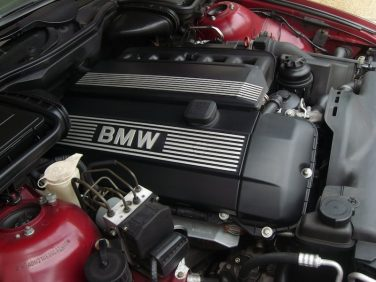 BMW M52TU engine