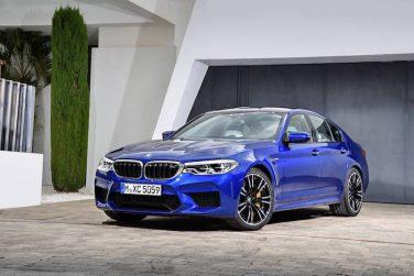 BMW F90 M5 marina bay blue
