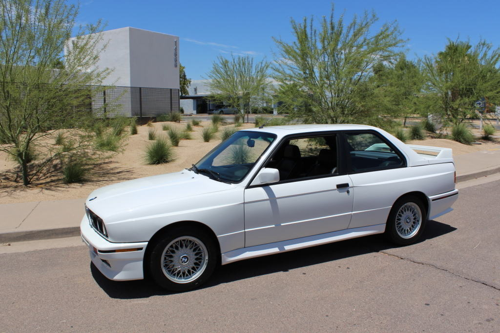 Alpine White stock BMW E30 M3