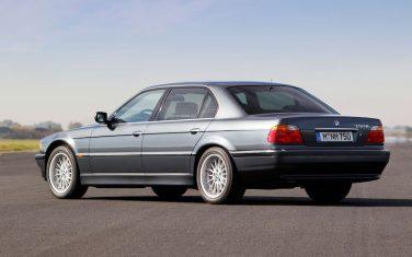 BMW 750iL V12 E38