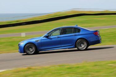 BMW F10 M5 Blue Track