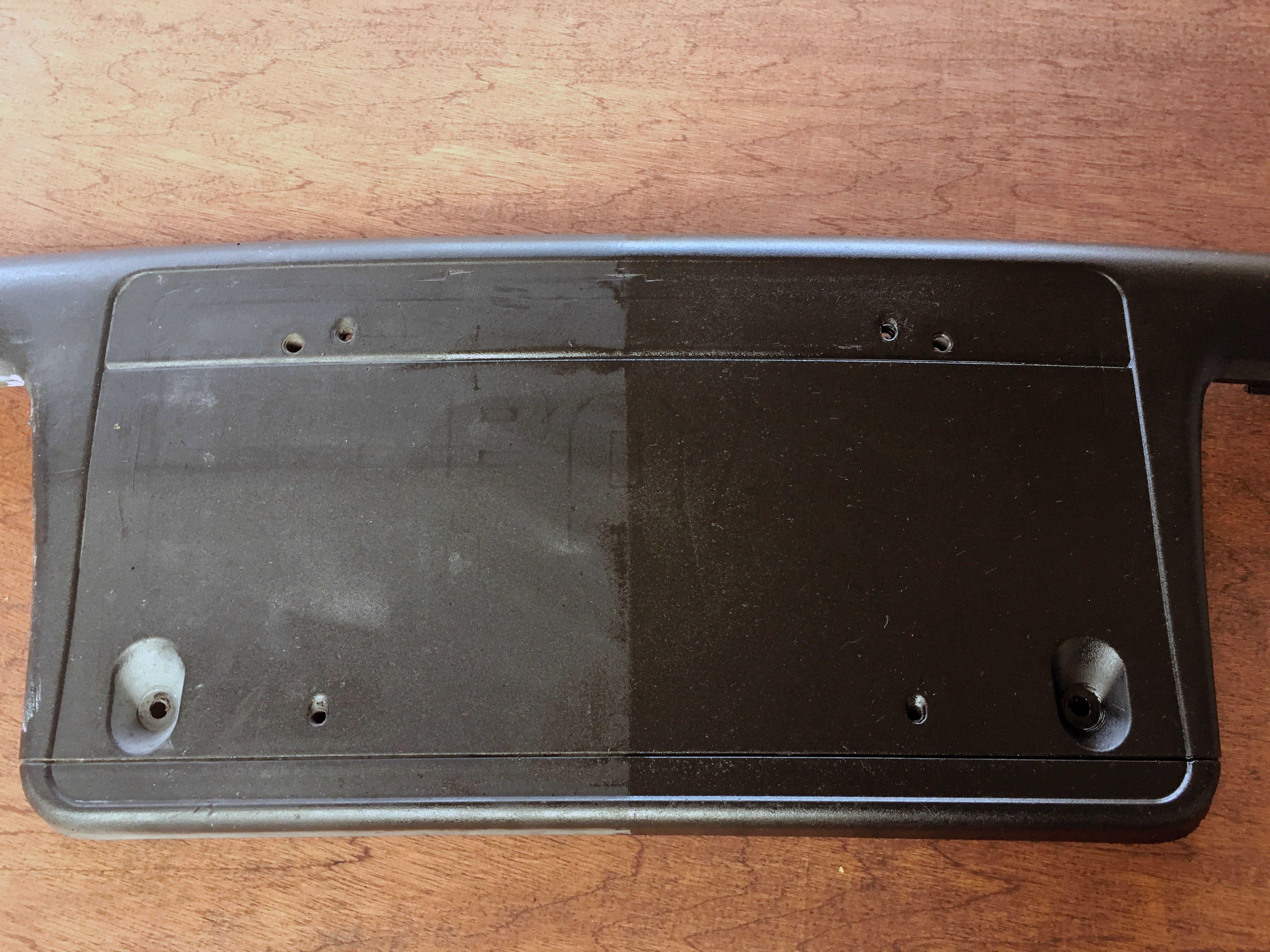 E46 license plate holder plastic restoration