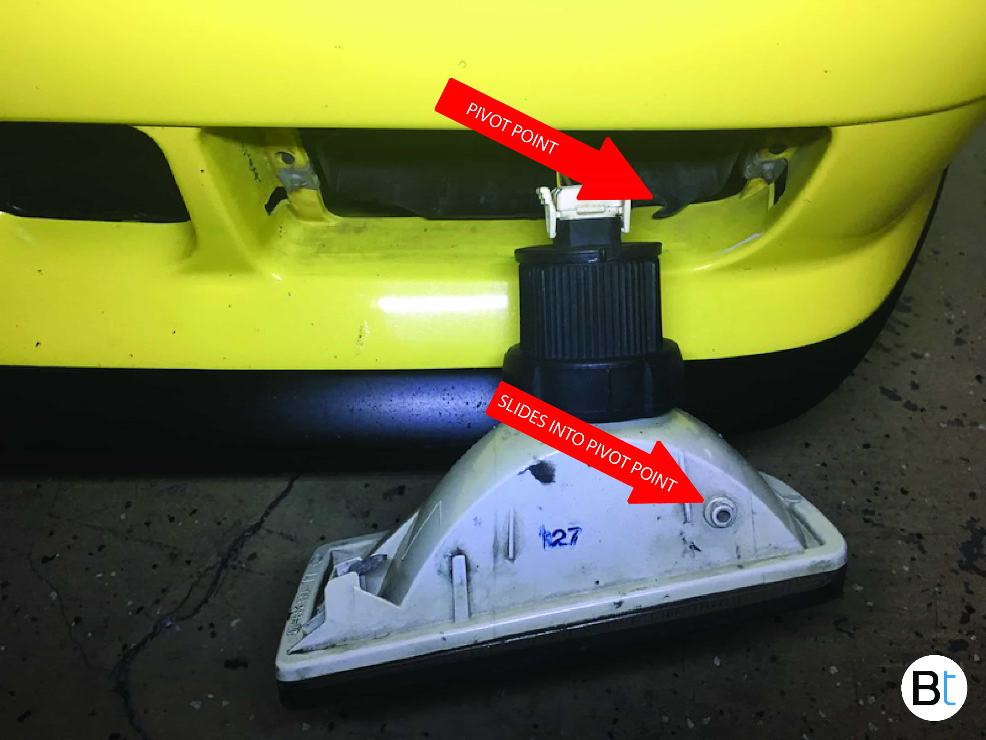 BMW Fog lamp removal