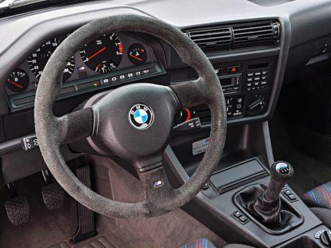 BMW non airbag steeringhweel removal