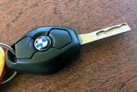 BMW key fob emblem / roundel replacement