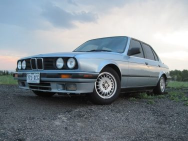 BMW E30 Glacier Blue Metallic 280