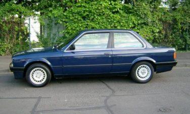 BMW E30 Atlantis Blue 207