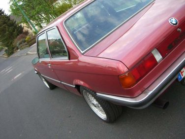 BMW E21 Rubin Rot