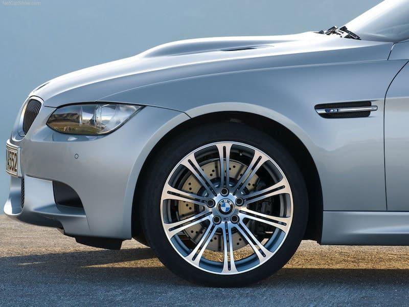 BMW E92 M3 Style 220M wheels