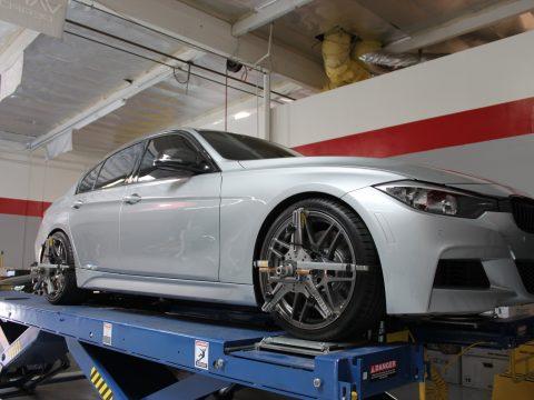 BMW alignment rack