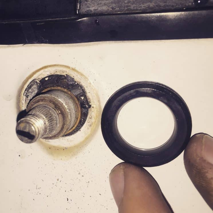 BMW E30 sloppy washer arm grommet