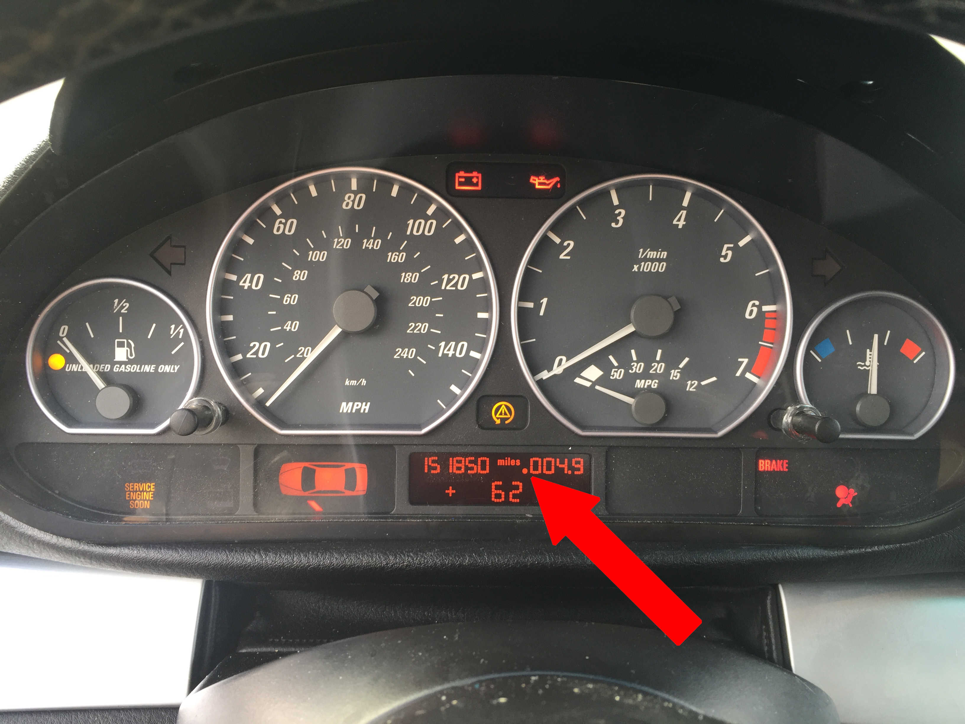 BMW E46 mileage tamper indicator dot