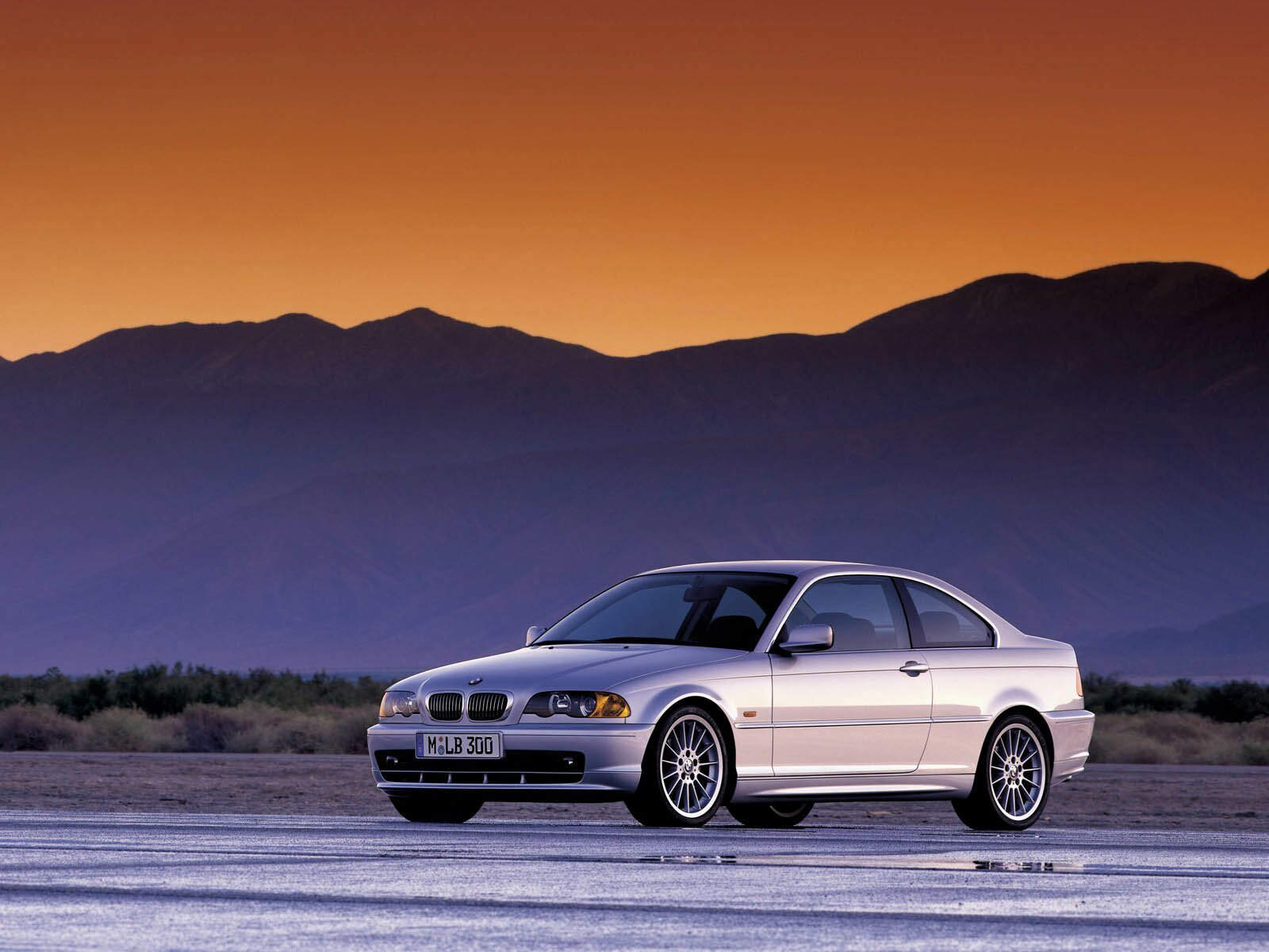 Bmw E46 Coupe Vs  Sedan Body Differences