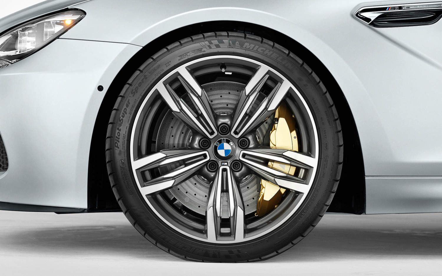 BMW M6 wheel composite brakes
