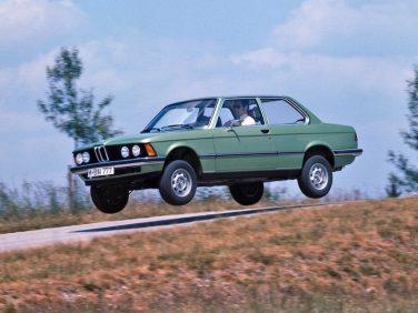 BMW E21 3 series air jump
