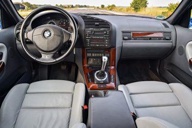 BMW E36 M3 SMG interior