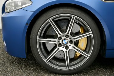 BMW F10 M5 carbon ceramic breaks