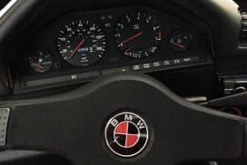 DIY Custom BMW Steering Wheel Roundel
