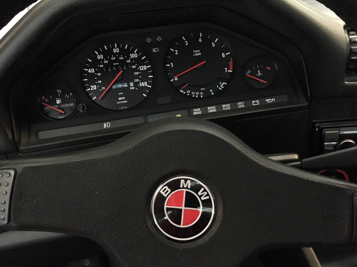 DIY Custom Color Steering Wheel BMW Badge
