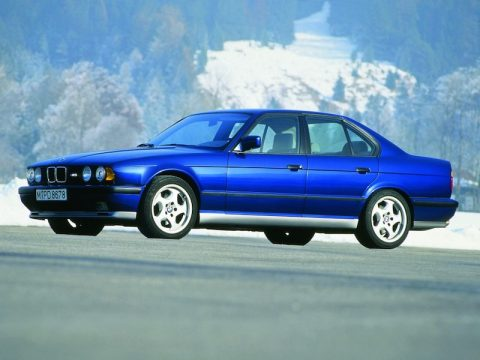 BMW E34 M5 Avus Blue