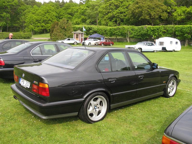 BMW E34 M5 Green