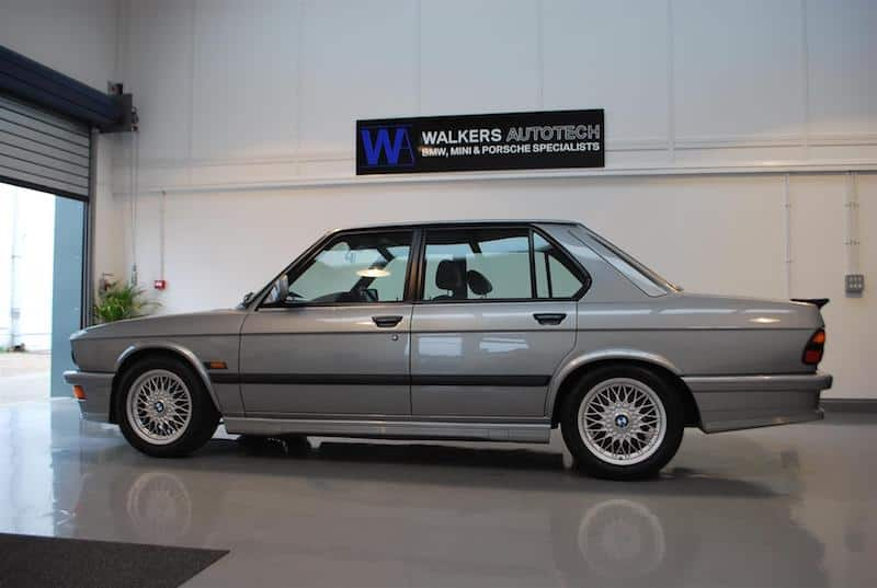 BMW E28 M5 silver