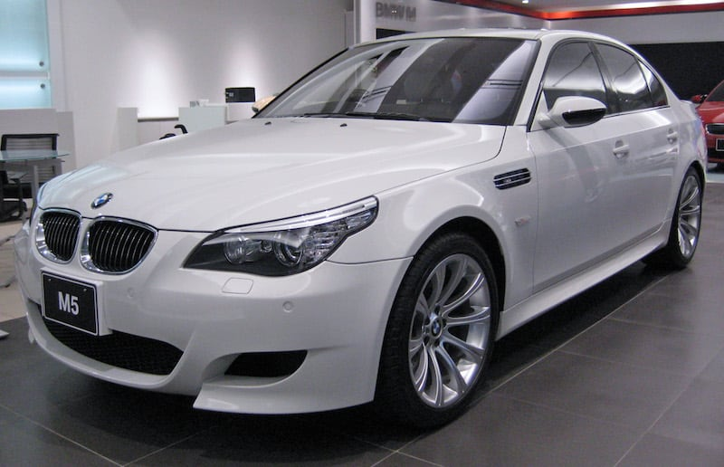 BMW E60 M5 Alpine White