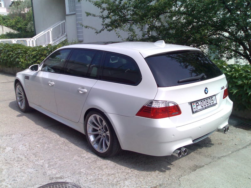 BMW E61 M5 Touring Alpine White