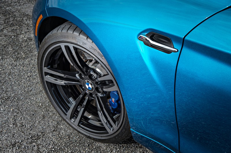 BMW M2 long beach blue metallic