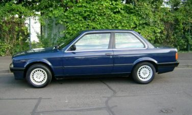 BMW E30 Atlantis Blue 207
