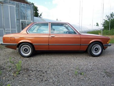 BMW E21 Topas brown