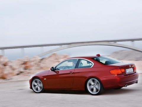 BMW E92 coupe 335i red