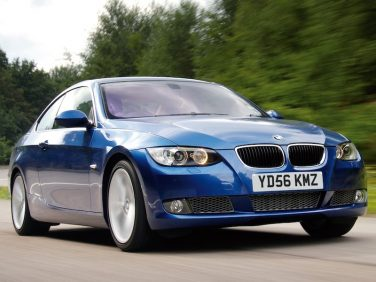 BMW E92 coupe blue