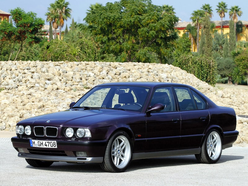 BMW E34 M5 sedan m parallel style 37
