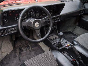 BMW M1 1979 interior