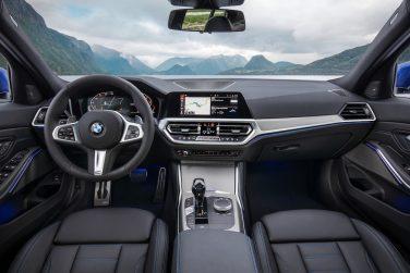BMW G20 interior