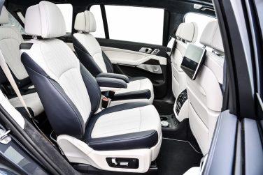 BMW X7 interior