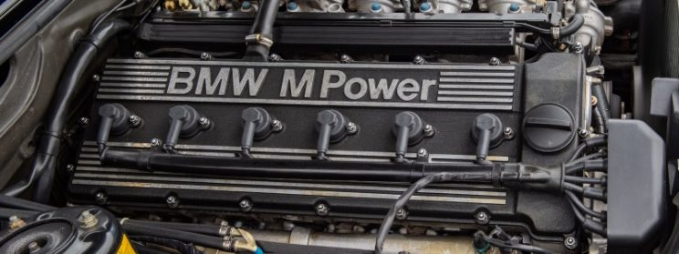 BMW straight six advantages