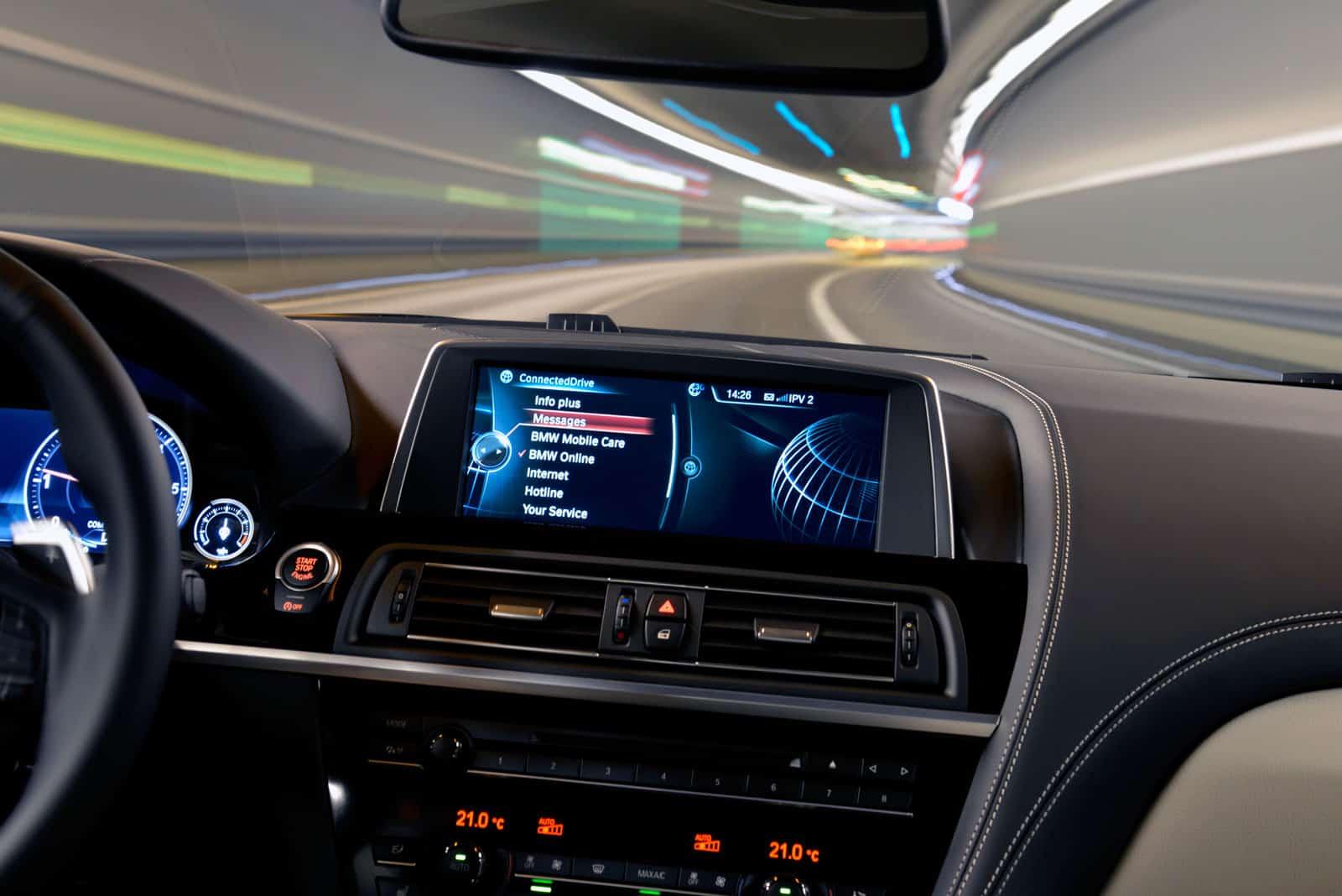 BMW connecteddrive advantages