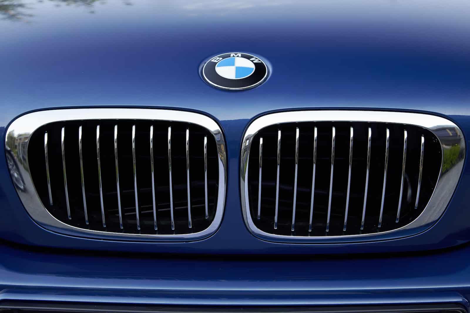 BMW logo history origin