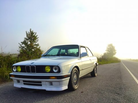 BMW E30 Alpine white frenched headlights