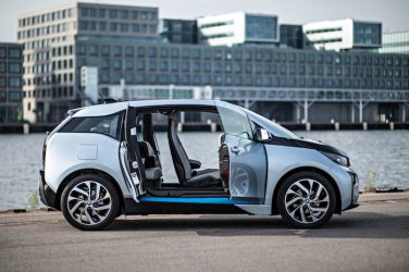 BMW i3 open doors